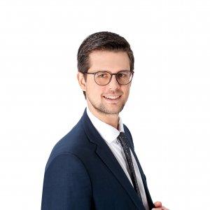 Dr. Oliver Peschel